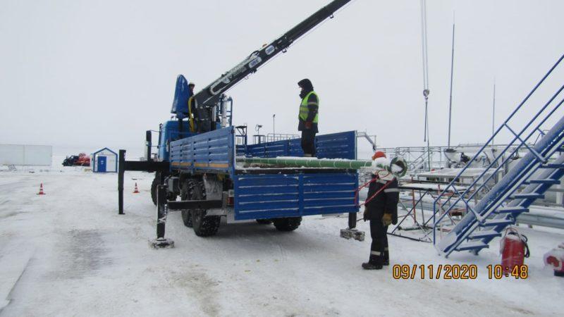 Фото перевозки оборудования на территории строительного объекта